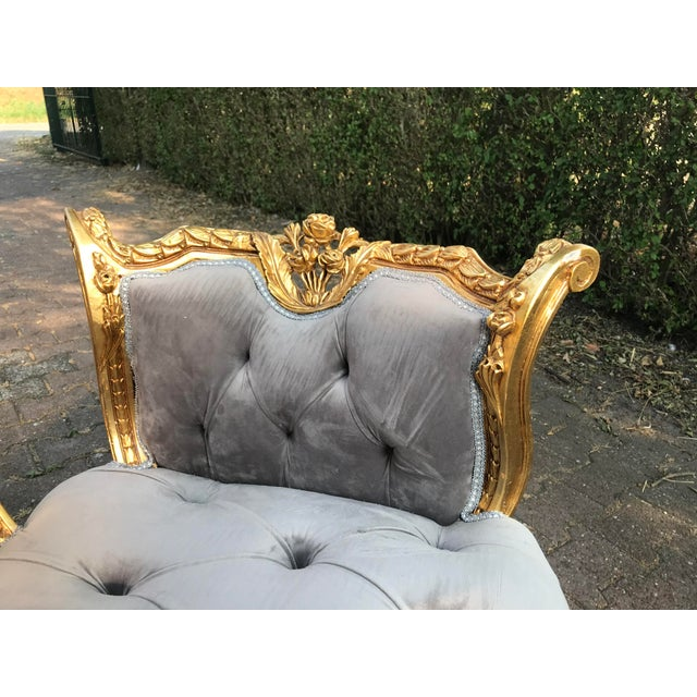 French Louis XVI Style Gray Settee For Sale In Miami - Image 6 of 8