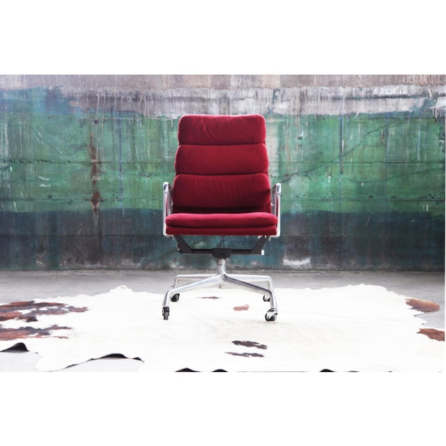Herman Miller 1980s Eames Herman Miller Aluminum Soft Pad Reclining Executive Office Chair For Sale - Image 4 of 13