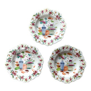 English Traditional Hand-Painted Plates - Set of 3 For Sale