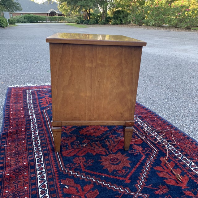 Late 20th Century Vintage 20th Century Italian Neoclassical Henredon Nightstand For Sale - Image 5 of 11