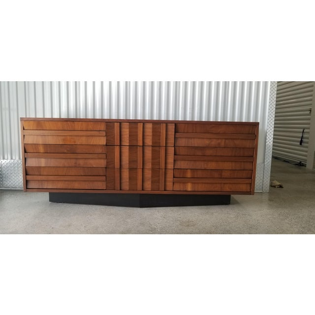 1970s Brutalist Lane Credenza/Long Chest of Drawers with Mirror For Sale - Image 12 of 13