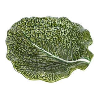 Green Majolica Cabbage Leaf Serving Platter Bowl For Sale