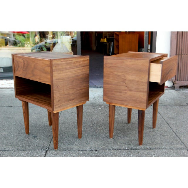 Mid-Century American Walnut Nightstands - A Pair - Image 7 of 10