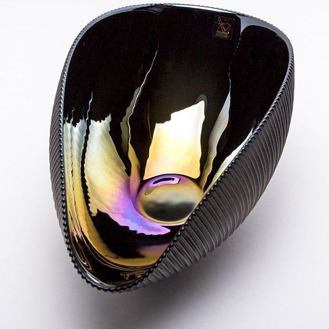 Murano Bowl in Matte Black with Iridescent Colors - Image 4 of 7