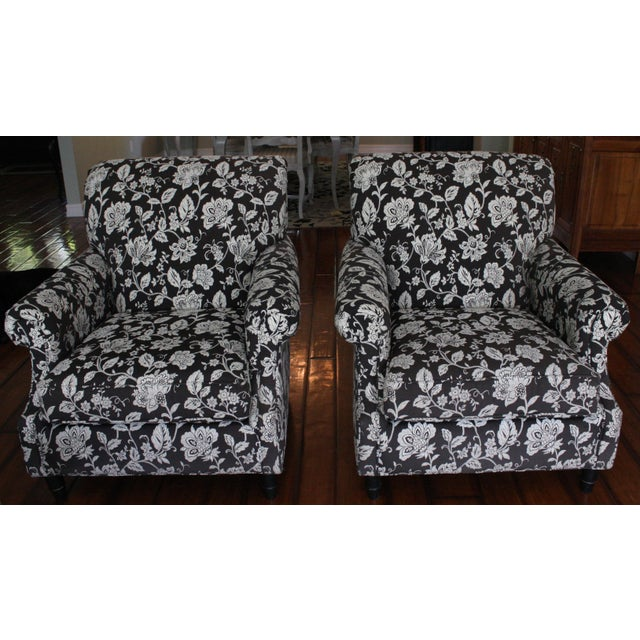 "Fabric Bassett "" Dawson"" Chairs in Cream & Black Floral Print ~ One Pair For Sale - Image 7 of 7"