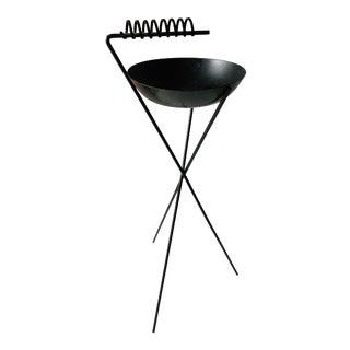 Vintage Atomic Modernist Iron Tripod Ashtray, Richard Galef Style For Sale