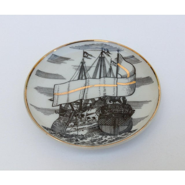 """Fornasetti Attr. Tall Ships """"Velieri"""" Coasters - Set of 4 For Sale In West Palm - Image 6 of 11"""