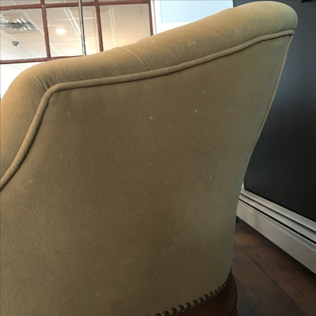 French Taupe Velvet Tufted Settee - Image 5 of 6