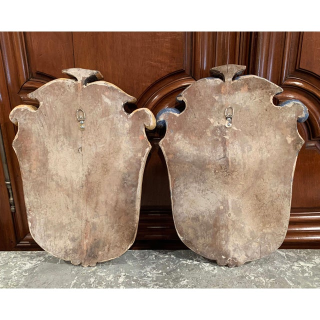 Pair of Early 20th Century French Carved Painted Wall Hanging Shields With Crest For Sale - Image 9 of 11