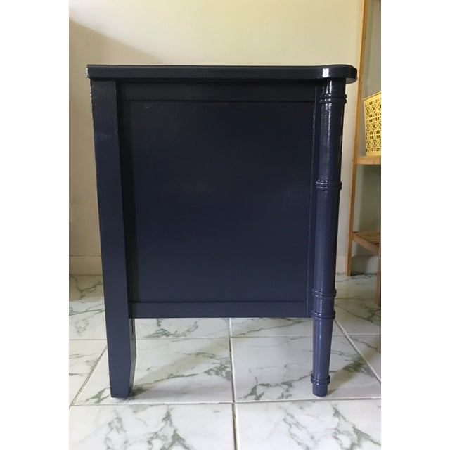 Vintage Mid-Century Henry Link Style Navy Blue Faux Bamboo Nightstand For Sale In Miami - Image 6 of 13