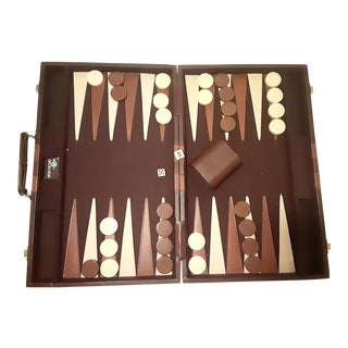 Vintage Skor-Mor Backgammon Bakelite Set in Brown & Cream For Sale