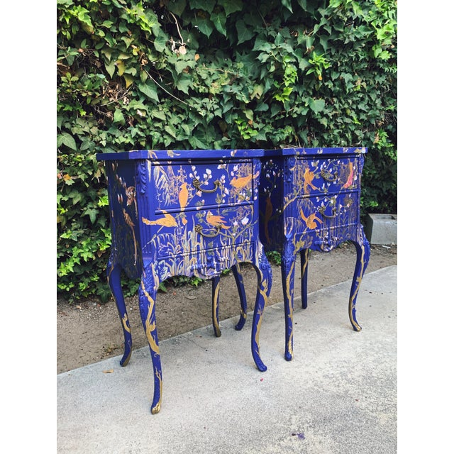 1930s Hand Painted Chinoiserie Nightstands with Birds - a Pair For Sale - Image 4 of 13