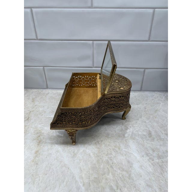 1960s Vintage Brass Filigree Piano-Shaped Jewelry Music Box For Sale - Image 5 of 11