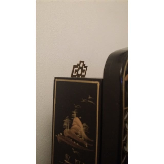 Black Lacquer Chinese Curio Display Cabinet - Image 5 of 6
