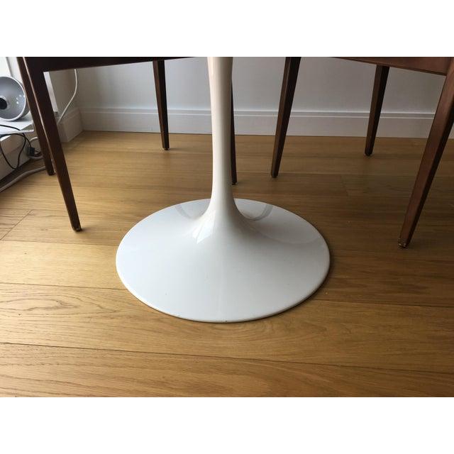Room Board Saarinen White Carrara Marble Round Dining Table Chairish - Room and board saarinen table