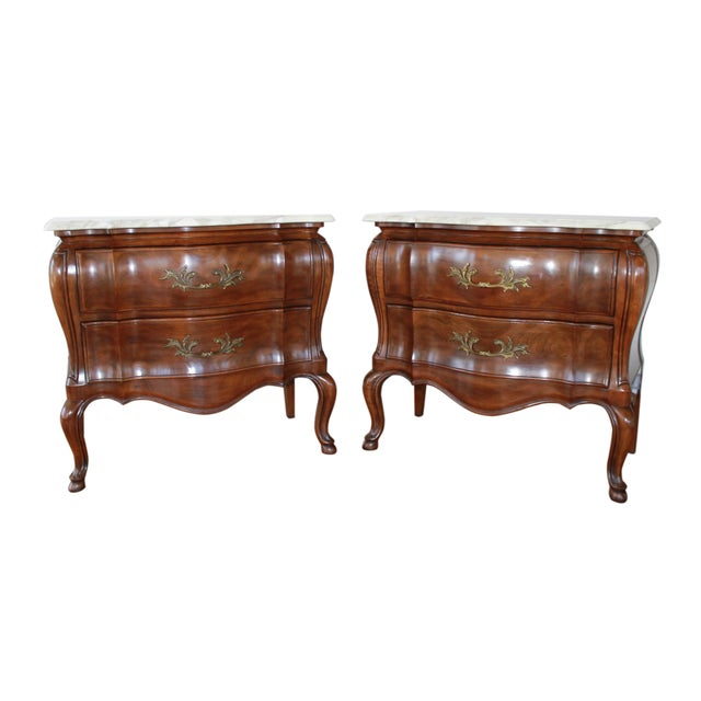 1970s French John Widdicomb Walnut Bombe Chests - a Pair For Sale - Image 10 of 10