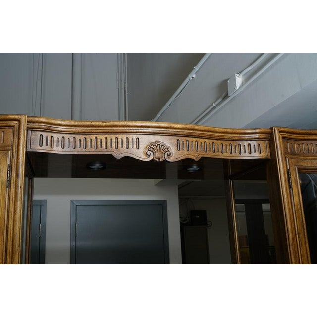 Illuminated Neoclassical Wall Unit Storage Cabinet by Drexel-Heritage For Sale - Image 12 of 13