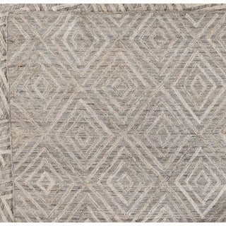 Gray Diamond Pattern Wool Rug - 9' X 12' Preview