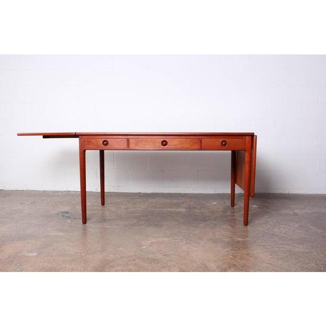 Danish Modern Hans Wegner Drop-Leaf Table Desk AT305 For Sale - Image 3 of 10