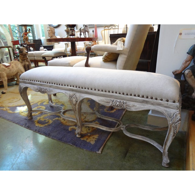 French Louis XIV Style Painted Bench For Sale In Houston - Image 6 of 8