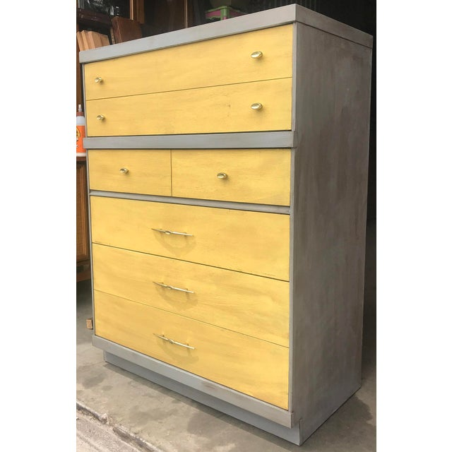 Bassett 1960s Mid Century Modern Bassett Highboy Dresser For Sale - Image 4 of 11