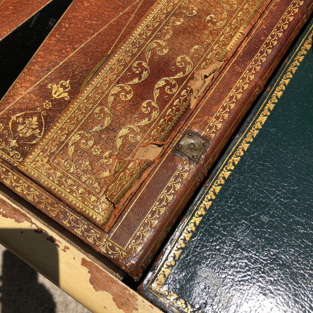 Hollywood Regency 20th Century Hollywood Regency Leather Bound Book Backgammon Table For Sale - Image 3 of 13