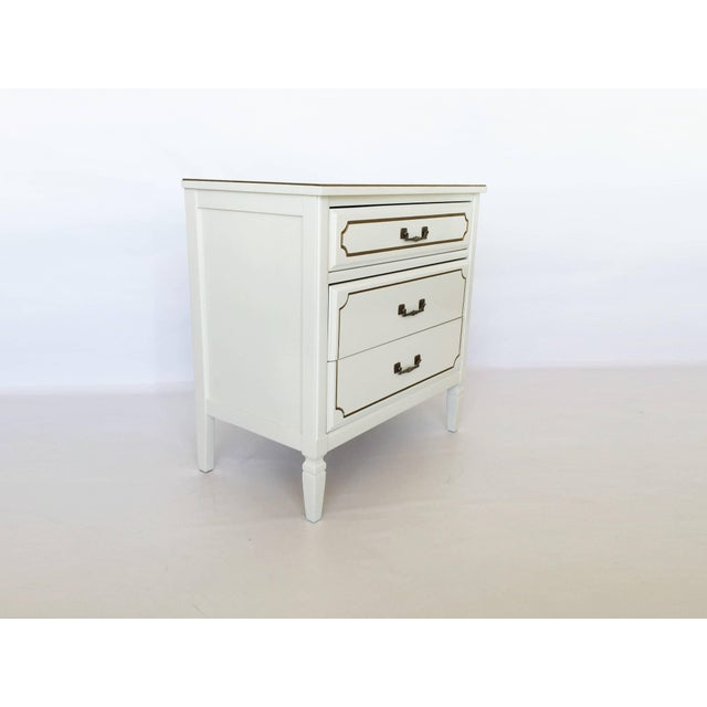 Pair Lacquered French Regency Bachelor Nightstands For Sale - Image 4 of 10