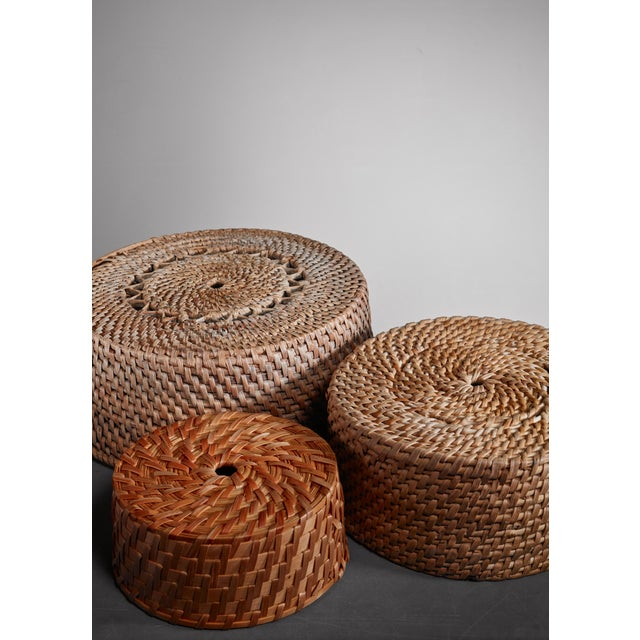 Set of three folk art baskets, Sweden, 19th Century For Sale - Image 4 of 5