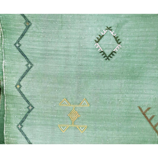 """2010s Green Cactus Silk Rug - 7'5"""" X 6' For Sale - Image 5 of 5"""