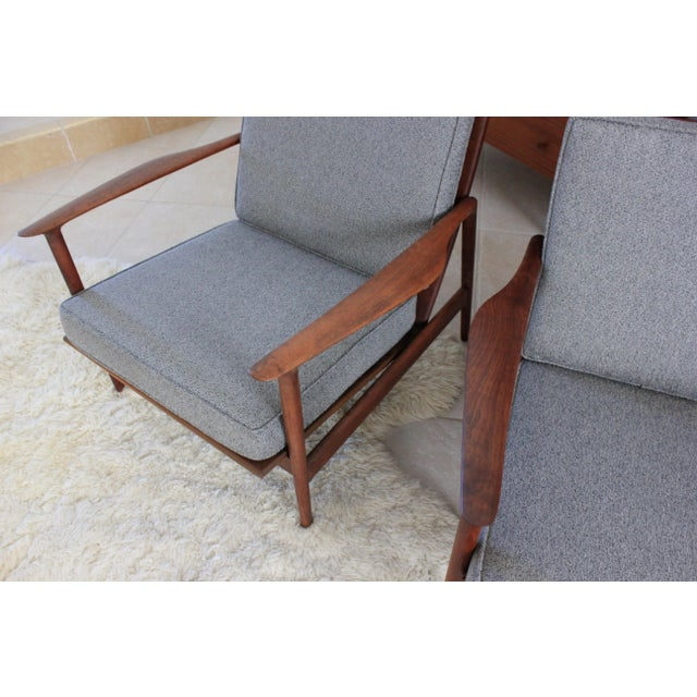 1960s Vintage Danish Modern Kofod Larsen for Selig Walnut Lounge Chairs- a Pair For Sale In Tampa - Image 6 of 10