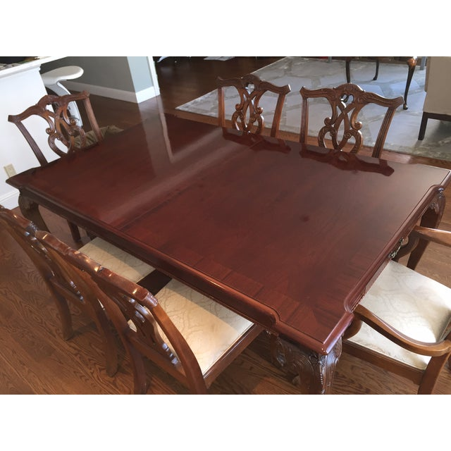 Chippendale Stanley 60th Anniv Mahogany Chippendale Dining For Sale - Image 3 of 5