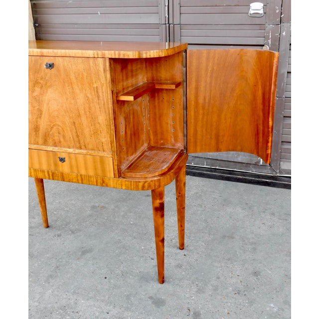 1940s Art Moderne Secretary Desk and Dry Bar in Honduran Mahogany For Sale In Richmond - Image 6 of 13