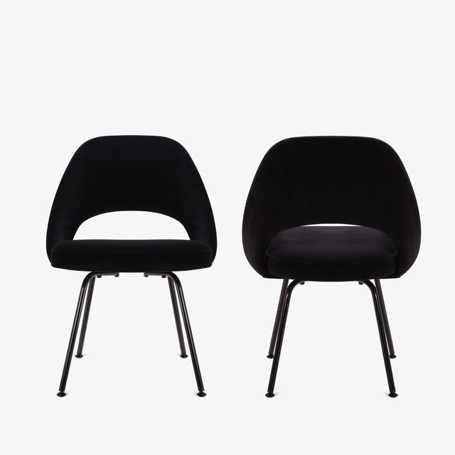 Mid-Century Modern Original Vintage Saarinen Executive Armless Chairs, Custom Restored Black Edition - Set of 6 For Sale - Image 3 of 9