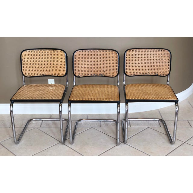 Mid-Century Modern 1950s Knoll Authentic Ebonized Beech Cesca Chairs – Set of 7 For Sale - Image 3 of 12