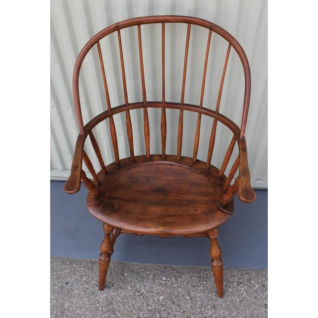 18th Century Sack Back Extended Arm Windsor Chair - Image 9 of 9