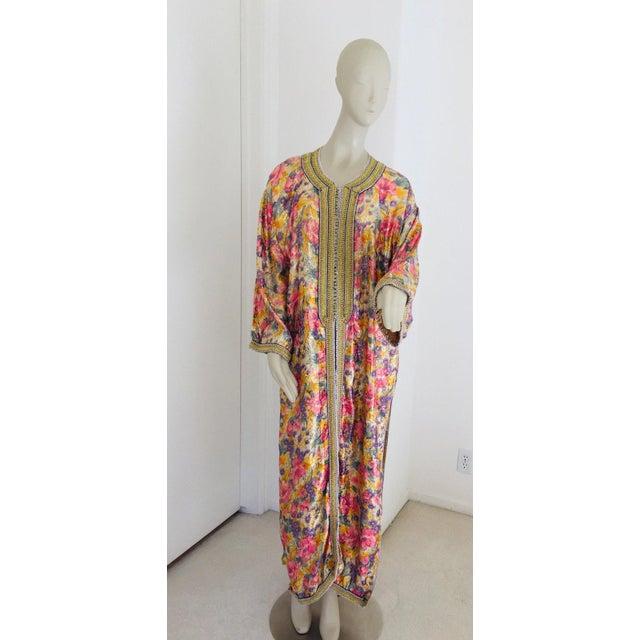 Elegant Moroccan Caftan Metallic Floral Silk Brocade For Sale - Image 13 of 13