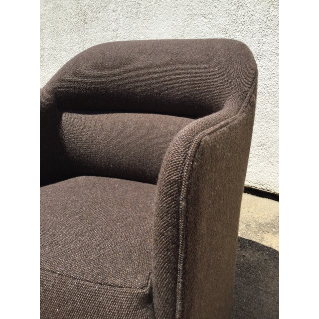 1980s Vintage Milo Baughman for Thayer Coggin Barrel Back Tub Accent Chairs- A Pair For Sale - Image 10 of 12