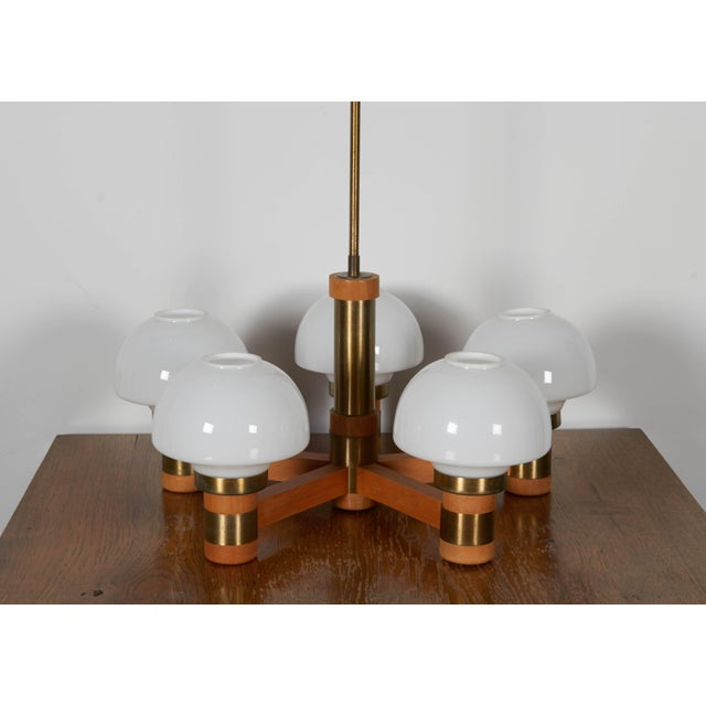 Mid-Century Teak and Brass Five-Light Chandelier For Sale In New York - Image 6 of 8