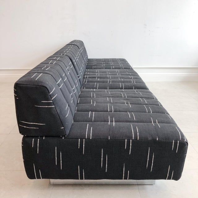 1960s Mid Century Harvey Probber 3 Seater Cubo Sofa With Chrome Base For Sale - Image 5 of 9