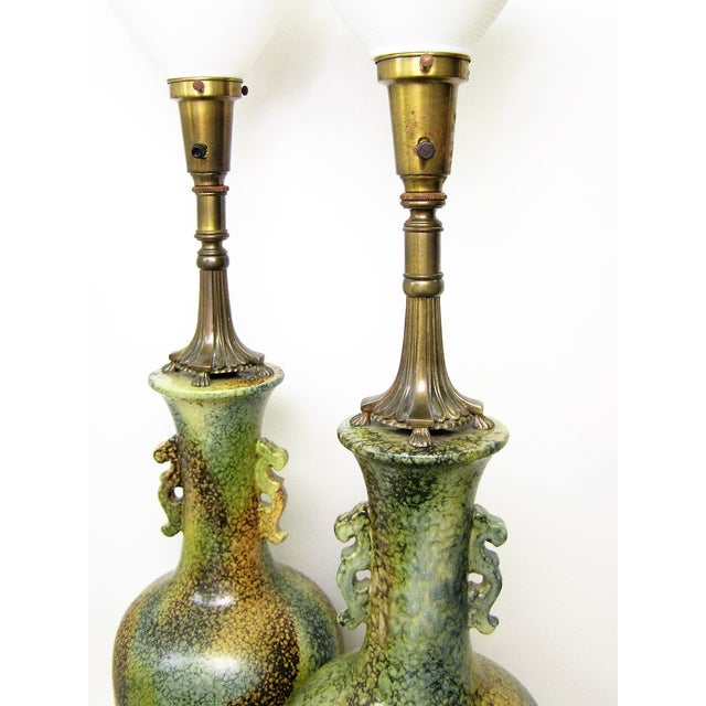 Pair Mid-Century Modern Asian Ceramic Pottery Lamps Green MCM James Mont Style For Sale - Image 7 of 11