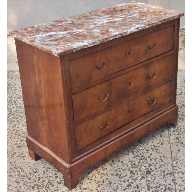 Fresh from New York City estate, we a pleasure to offer you this gorgeous antique 19th century Mahogany Marble Top...