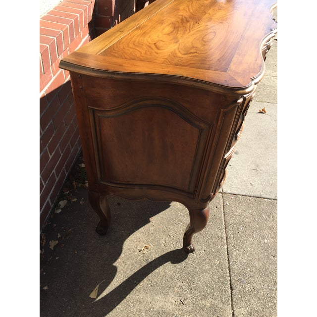 French Louis XV Style Chest Dresser For Sale - Image 5 of 9