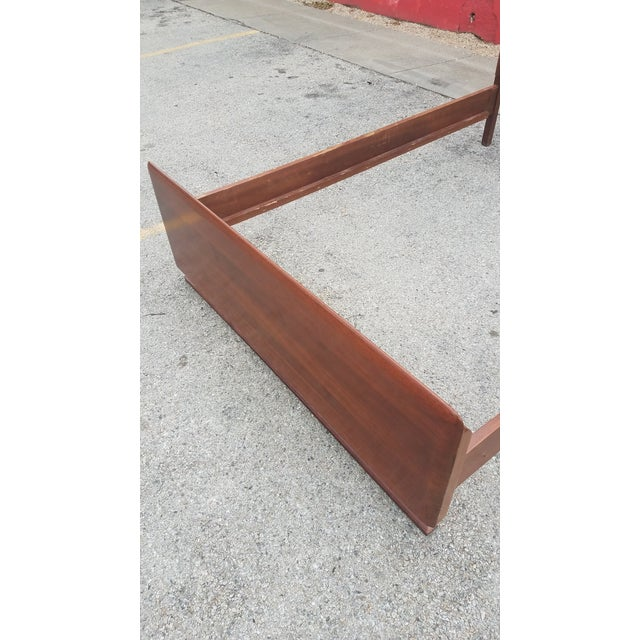 Full headboard footboard set made of walnut. Part of 4 piece bedroom set- see my other listings.