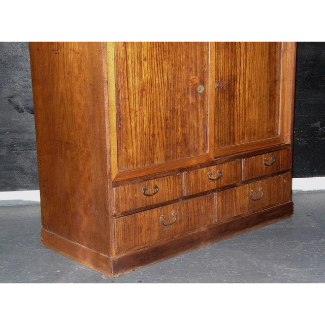 Asian Reserved 19th Century Small Japanese Tansu Cabinet For Sale - Image 3 of 12