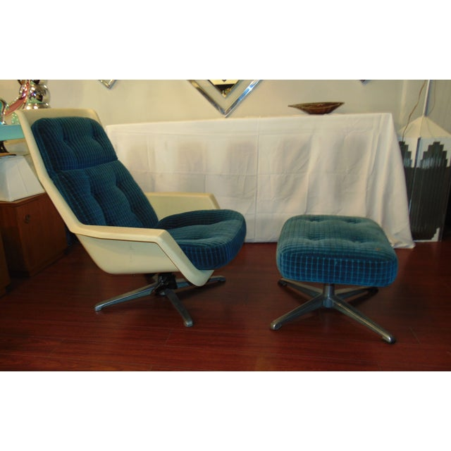 Molded Chair & Ottoman - Image 10 of 11