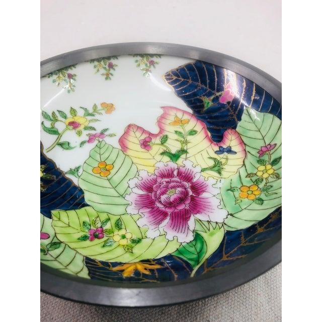 Tobacco Leaf Pattern Pewter Encased Bowl, Hong Kong For Sale - Image 4 of 7