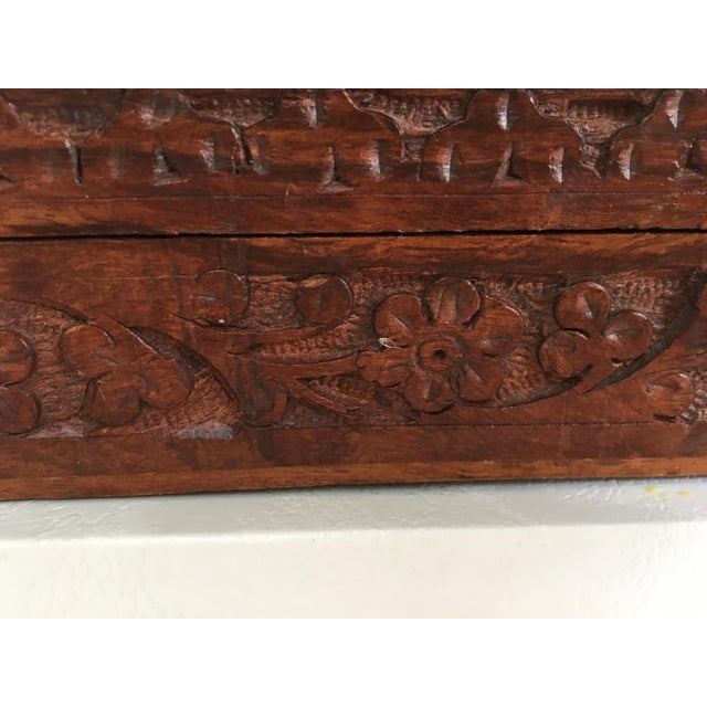 1960s Vintage Hand Carved Wooden Box For Sale - Image 4 of 12