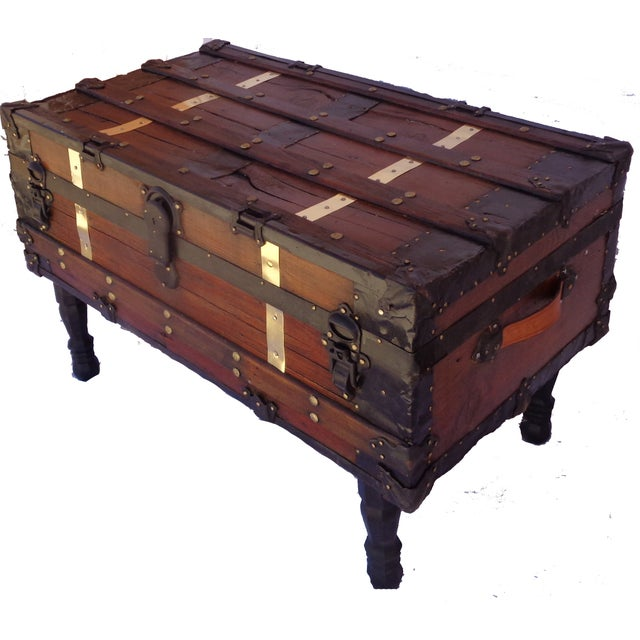 Steamer Trunk Coffee Table Ideas: Antique Steamer Trunk/Coffee Table