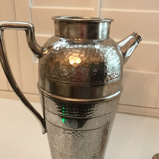 Forbes Silver Co. Art Deco Martini Shaker For Sale - Image 7 of 11