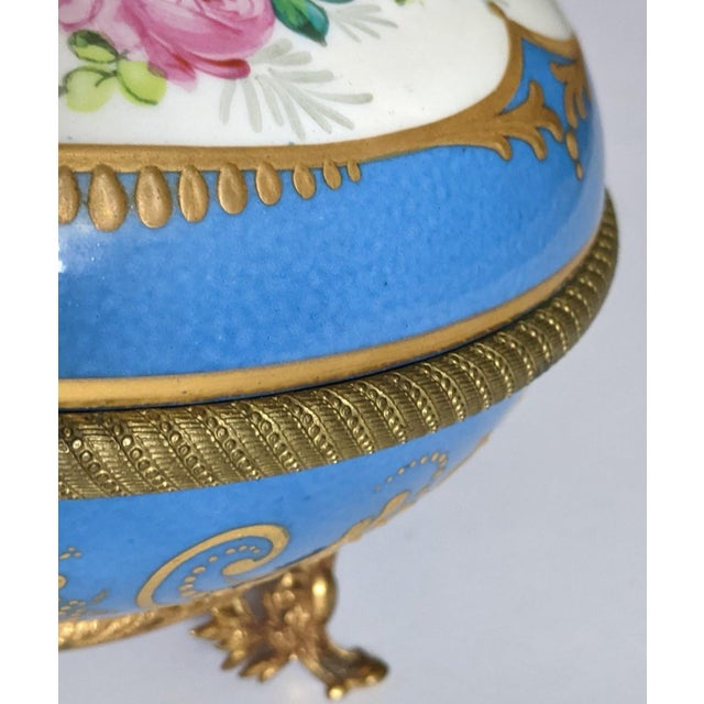 Antique French Gilt Bronze & Porcelain Sevres Jewelry Box / Potpourri For Sale In New York - Image 6 of 13